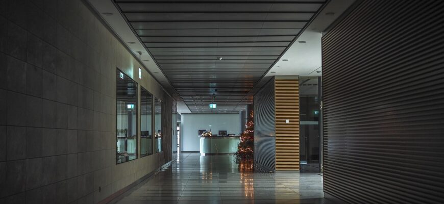 Architecture Gang Floor Perspective  - MichaelGaida / Pixabay