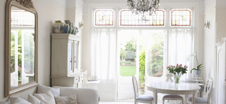 Interiors White Home Furnitures  - ClaireRendallDesign / Pixabay