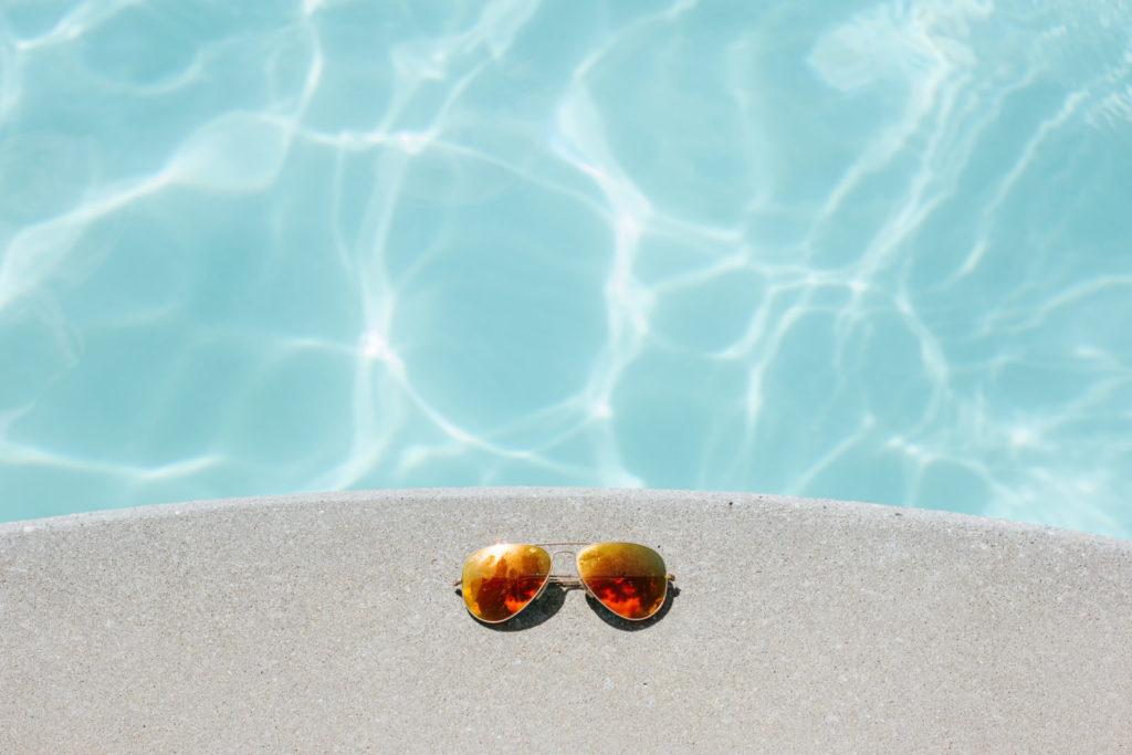 Bazén potřebuje mechanické čištění