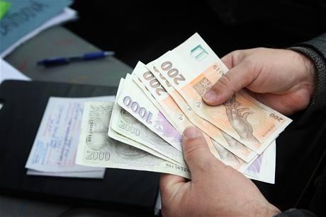 Komunální volby - kdo na nich vydělá nejvíce peněz?