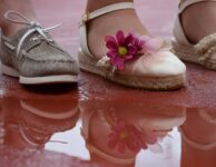 Shoes Children Reflection Water  - serinfgar / Pixabay