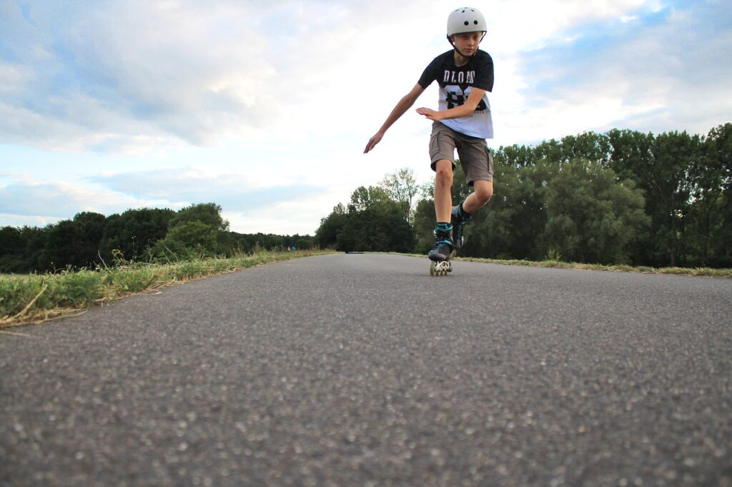 Skating Backlighting Sport Fitness  - Muscat_Coach / Pixabay