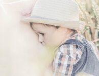 Toddler Boy Breastfeeding Baby  - IamFOSNA / Pixabay