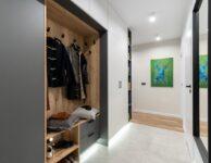 Wardrobe Mirror Corridor Clothes  - promofocus / Pixabay