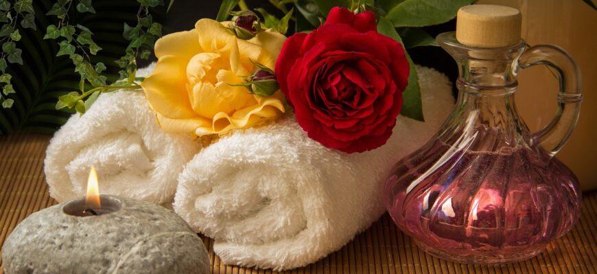 Wellness Carafe Towels White  - guvo59 / Pixabay